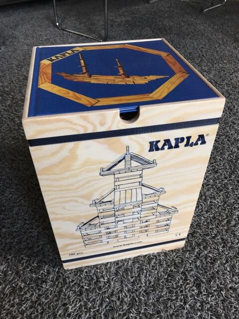 KAPLA 280 Holzkiste mit Kunstbuch