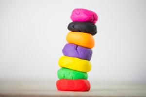 Knete - ein pädagogisch wertvolles Spielzeug
